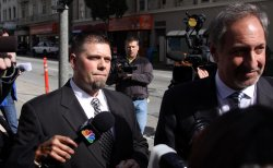 Barry Bonds' Trainer appears in court in San Francisco