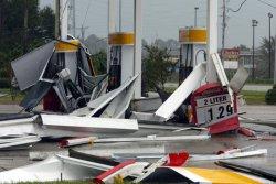 Hurricane Ivan Hits The Gulf Coast