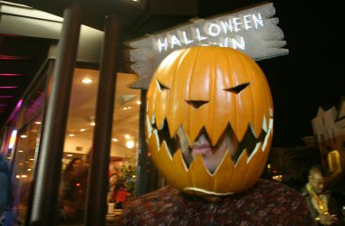 HALLOWEEN IN SAN FRANCISCO'S CASTRO DISTRICT