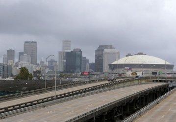 New Orleans prepares for Hurricane Zeta