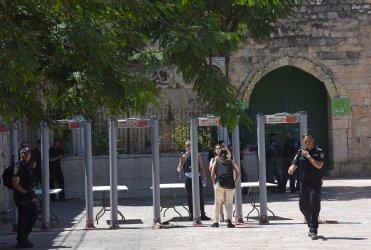 Israel Installs Metal Detectors At Temple Mount Entrance