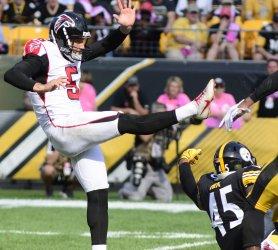 Pittsburgh Steelers Roosevelt Nix-Jones Blocks Punt