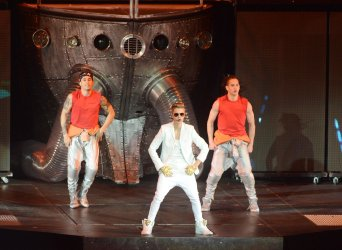 Justin Bieber performs in London