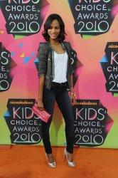 Zoe Saldana arrives at 23rd annual Kids' Choice Awards in Los Angeles