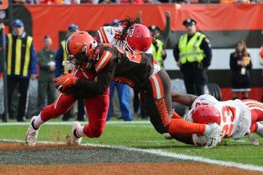 Brown's Johnson Jr. scores touchdown against Chiefs