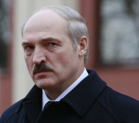 Russian President Putin meets with Belarusian counterpart Lukashenko in Minsk
