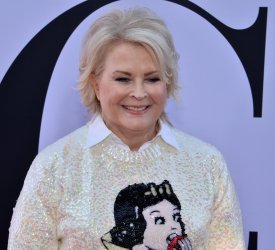 """Candice Bergen attends the """"Book Club"""" premiere in Los Angeles"""