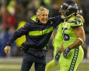 Seahawks beat the Vikings 21-7 in Seattle