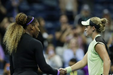 Serena Williams wins second round match at the US Open