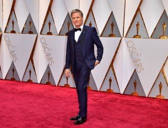 Viggo Mortensen arrives for the 89th annual Academy Awards in Hollywood