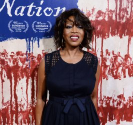 """Alfre Woodard attends """"The Birth of a Nation"""" premiere in Los Angeles"""