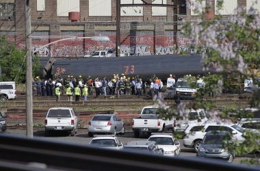 Amtrak Train Derails in Philadelphia, Killing at Least 6 and Injuring Dozens