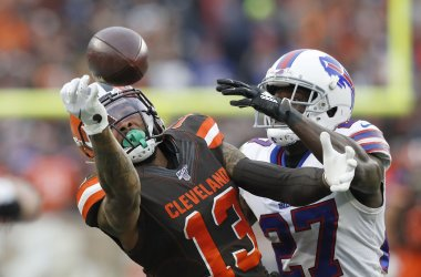 Browns Beckham Jr.can't make a grab defended by Bills White