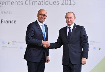 Putin Arrives at Opening of UN Climate Summit Near Paris