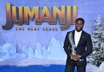 """Kevin Hart attends the """"Jumanji: The Next Level"""" premiere in Los Angeles"""