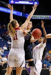 Washington vs Stanford in the NCAA Division I basketball Championship