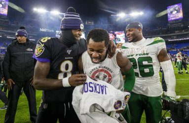 Ravens QB Lamar Jackson, Jets James Burgess and Le'Veon Bell