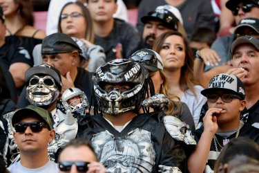 Raiders' fans infiltrate the crowd