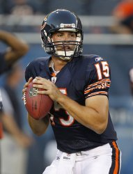 Bears LeFevour warms up against Cardinals in Chicago