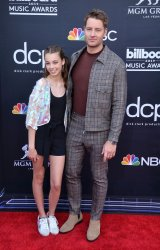 Isabella Justice Hartley and Justin Hartley attend the 2019 Billboard Music Awards in Las Vegas