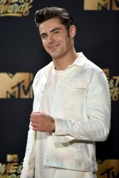 Zac Efron attends the 2017 MTV Movie & TV Awards in Los Angeles