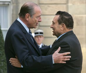 EGYPTIAN PRESIDENT MUBARAK IN PARIS
