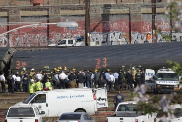 Amtrak Train Derails in Philadelphia Killing at Least 6 and Injuring Dozens
