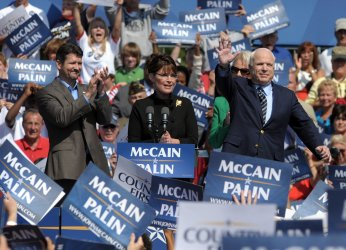 McCain, Palin campaign in Northern Virginia