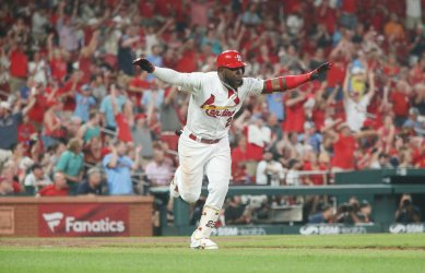 St. Louis Cardinals Marcell Ozubna hits two RBI ground rule double