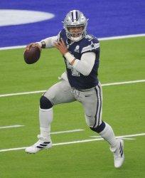 Cowboys Dak Prescott Throws A Pass Against The Rams