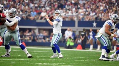 Cowboys Weeden starts for injured Romo