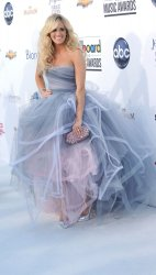 Singer Carrie Underwood arrives at the 2012 Billboard Music Awards in Las Vegas, Nevada
