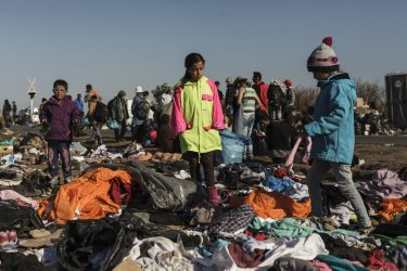 Refugees Continue to Mass on the Border Between Serbia and Hungary