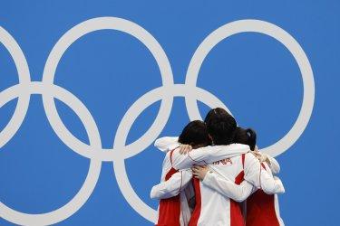 Team China Womens Gold Medal Winner Tokyo Olympics