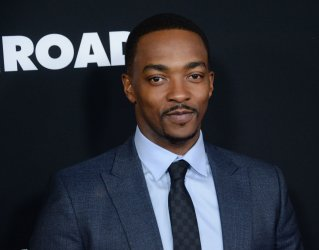 "Anthony Mackie attends the ""Triple 9"" premiere in Los Angeles"