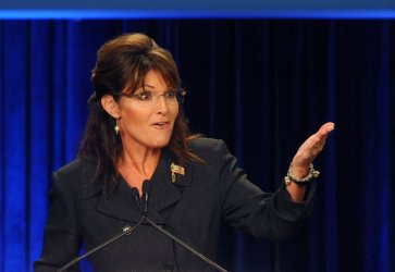 Sarah Palin speaks at get-out-the-vote rally in Anaheim, California