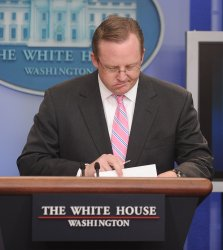 Press Sec. Gibbs holds briefing at White House