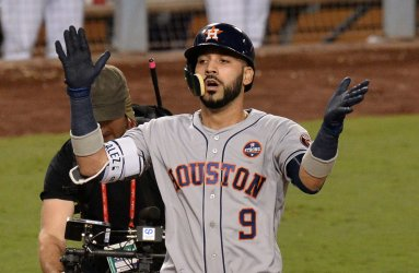 Astros Gonzalez hits homer in the World Series