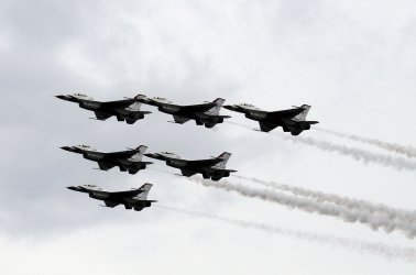 Air Show returns to the beaches of Ft. Lauderdale