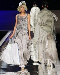 China fashion week opens in Beijing