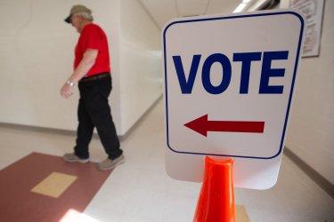 Super Tuesday voters Massachusetts
