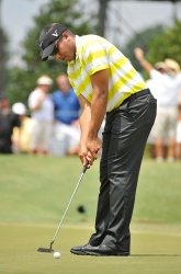Vegas putts for birdie on 1st hole at 93rd PGA Championship