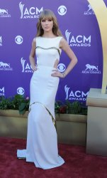 Taylor Swift arrives at the Academy of Country Music Awards in Las Vegas