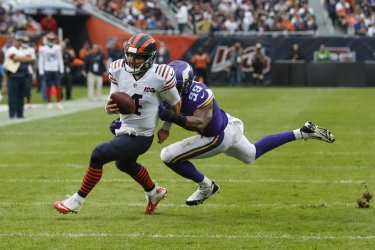 Vikings Danielle Hunter tackles Bears quarterback Chase Daniel in Chicago