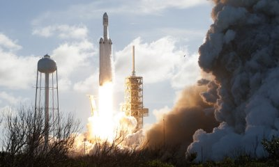 Inaugural SpaceX Falcon Heavy launches from Kennedy Space Center