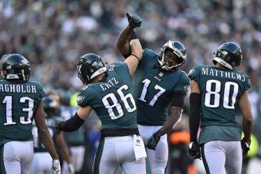 Eagles tight end Zach Ertz celebrates with wide receiver Alshon Jeffery