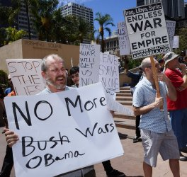 Demonstrators protest possible US attack on Syria in Los Angeles
