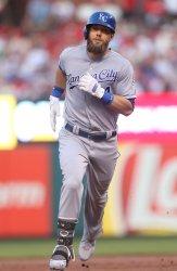 Kansas City Royals Alex Gordon hits solo home run