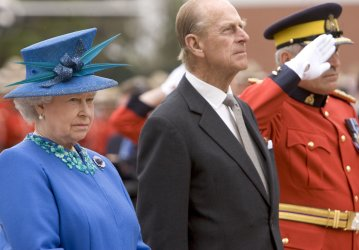 QUEEN ELIZABETH VISITS RCMP DEPOT DIVISION TO HONOUR FOUR OFFICERS RECENTLY KILLED IN LINE OF DUTY