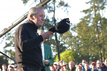 Honorary starter Gary Player tips his hat at the Masters